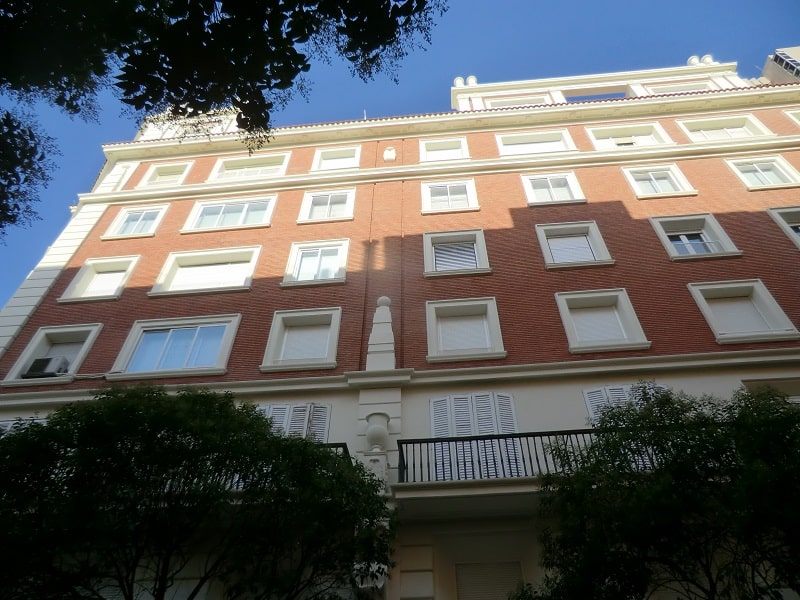 Reconstrucción y reparación de elementos ornamentales fachadas Madrid